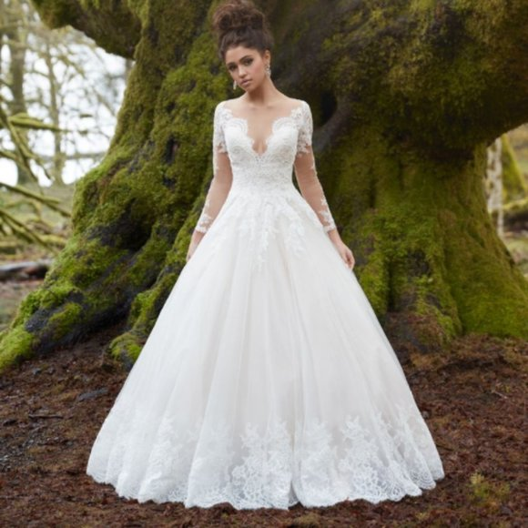 Allure Bridals Long-Sleeved Wedding Dress